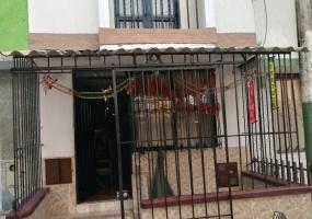 4 Bedrooms Bedrooms, ,2 BathroomsBathrooms,Casa,Venta,1195