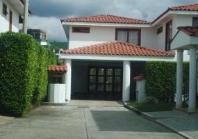 5 Bedrooms Bedrooms, ,7 BathroomsBathrooms,Casa,Venta,1236