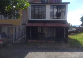 7 Bedrooms Bedrooms, ,3 BathroomsBathrooms,Casa,Venta,1733